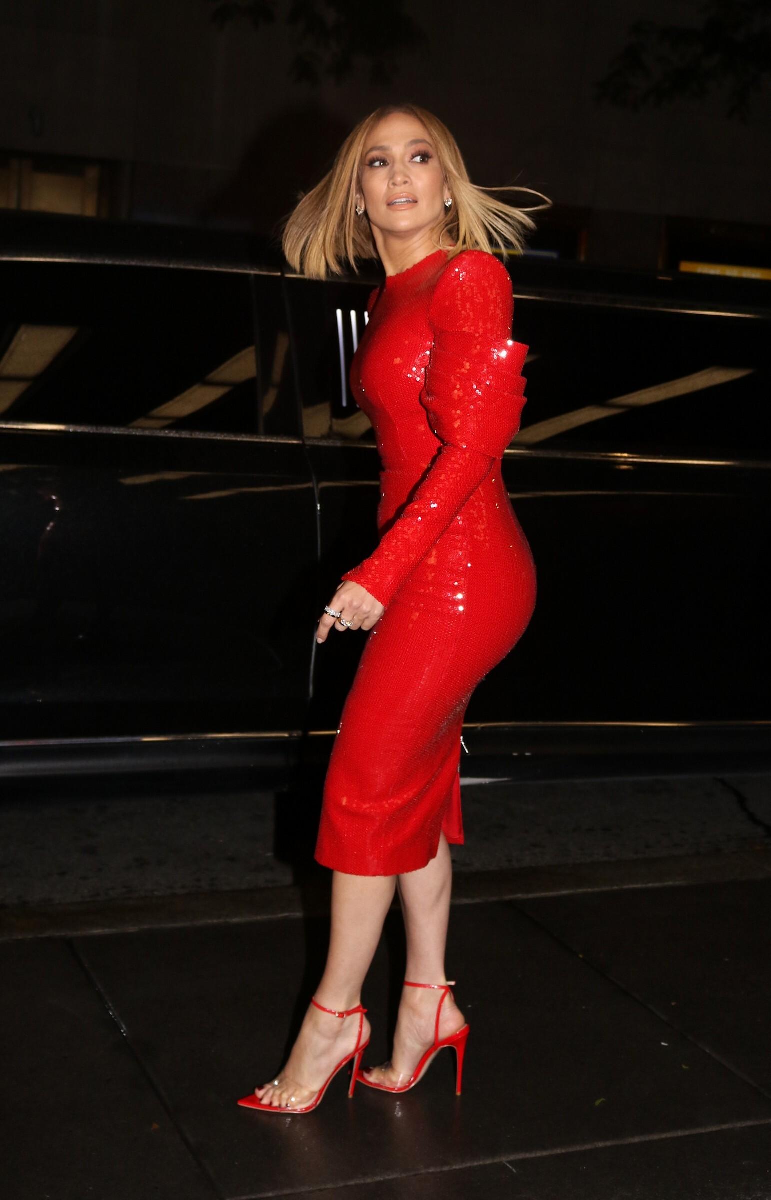Jennifer Lopez Sexy (41 Photos + Video)   #TheFappening