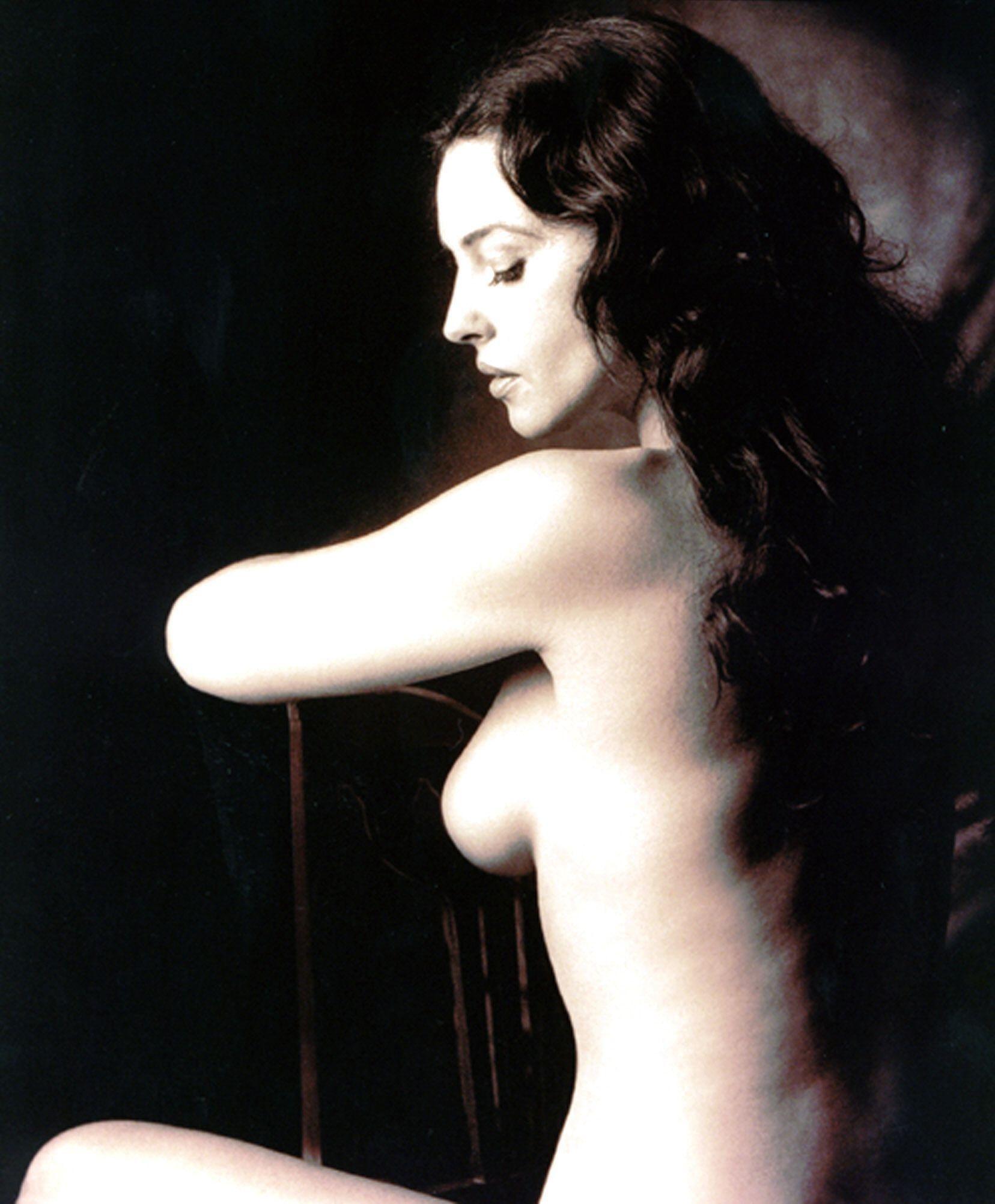Monica Bellucci Hot Nude